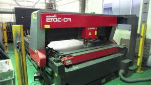 Máy cắt laser Amada